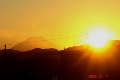 富士山12/7日没。クリックして大きくしてくださいね。r1