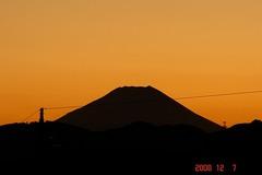 富士山12/7シルエット。クリックして大きくしてくださいね。r1