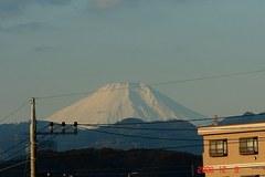 富士山12/8。クリックして大きくしてくださいね。r1