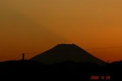 日没と富士山12/20、4。クリックして大きくしてくださいね。r1
