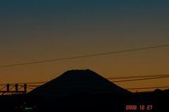 富士山12/27夕。クリックして大きくしてくださいね。r1
