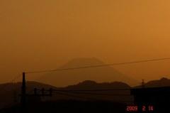 富士山09'2/14(夕)。クリックして大きくしてくださいね。r1