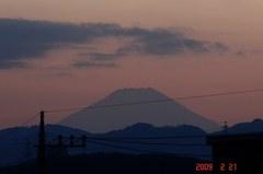 富士山09'2/21(夕)。クリックして大きくしてくださいね。r1