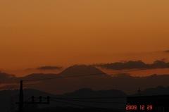夕景富士山09'12/29。クリックすると大きくなりますR1。
