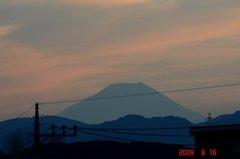 夕景富士山09'8/16。クリックして大きくしてくださいね。r1