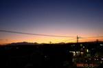夕闇迫る街角