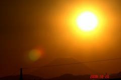 日没と富士山12/20、1。クリックして大きくしてくださいね。r1
