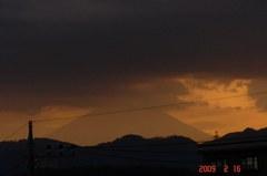 富士山09'2/16(夕)。クリックして大きくしてくださいね。r1