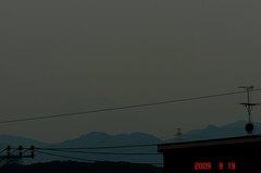 ギリギリ富士山09'9/19。クリックして大きくしてくださいね。r1