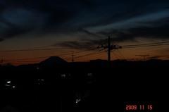 富士山09'11/15。クリックすると大きくなります。R1