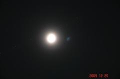 月と飛行機。クリックすると大きくなりますR1。