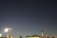 月光とオリオン座。クリックすると大きくなりますR1。