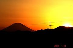夕景富士山10'1/10。クリックすると大きくなりますR1。