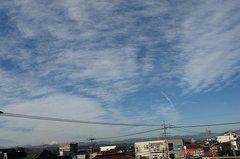 朝の空。クリックすると大きくなりますR1。