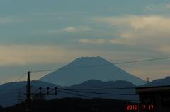 綺麗な空と富士山でした、10'7/17。クリックすると大きくなりますR1。