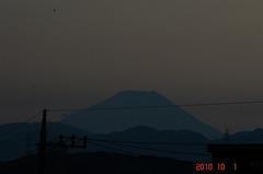 夕景富士山10'10/1。クリックすると大きくなりますR1。