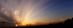 雲が多かったのですが綺麗な夕景でした、スイングパノラマで撮影